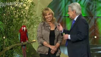 Heike-Ara-Paul-in-Show-der-Naturwunder-ARD